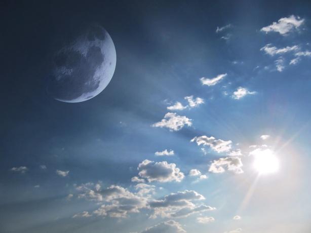 sky-583724