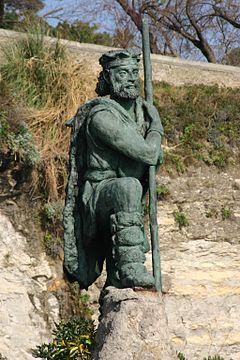 240px-Spain.Santander.Estatua.Monumento.al.Cantabro