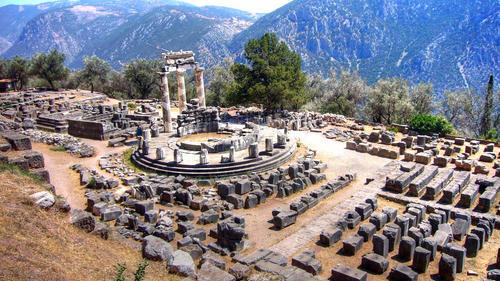 templo-de-atenea-de-delfos_229177