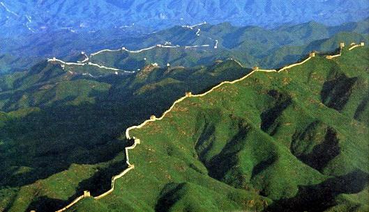 la-gran-muralla-china-es-visible-desde-el-espacio-4